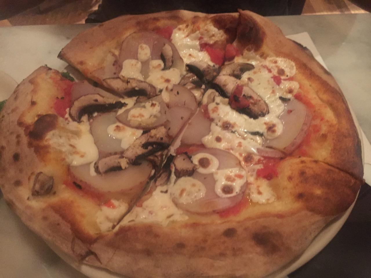 washington-nerede-ne-yenir-pizzeria-paradiso-pizza-ozel