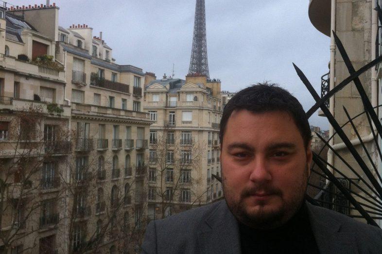 paris-balcony-view