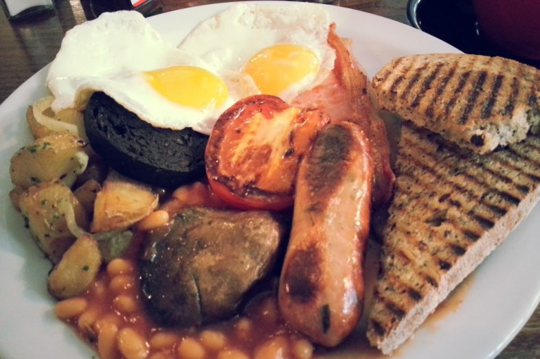 english-breakfast-ingiliz-kahvaltisi