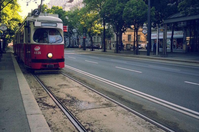 Viyana-toplu-tasima-tramvay