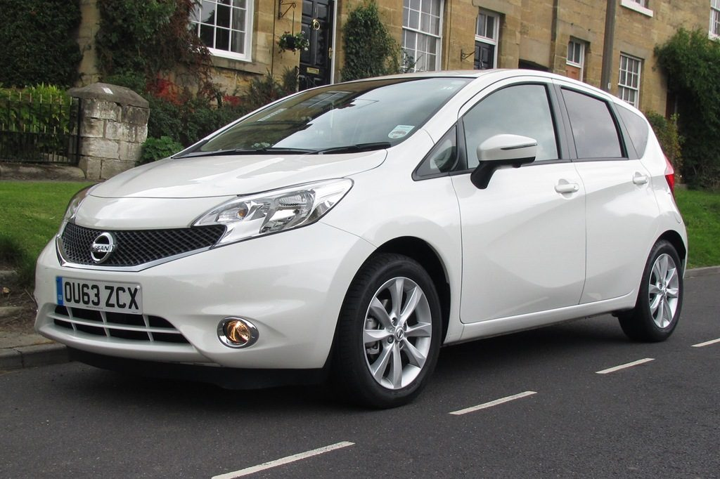 Nissan-Note-2013-white-2