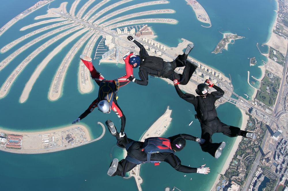 Skydive-Dubai-Over-The-Palms-Island-2