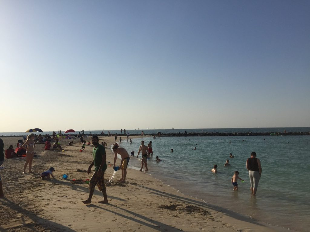 kite-beach-dubai-iki