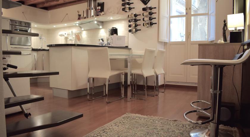 sardunyada-nerede-kalınır-cagliari-suite-martini-2
